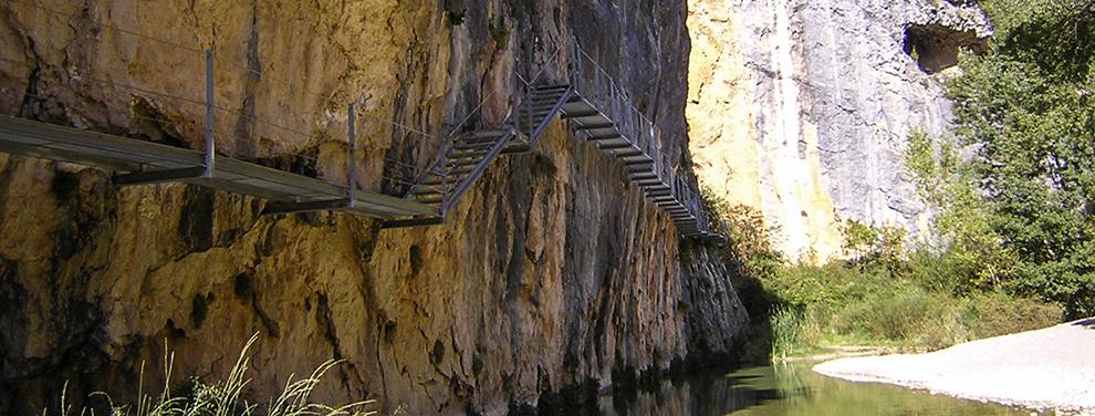 Ruta de las Pasarelas  Somontano de Barbastro  Montaña y Senderismo